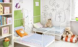 Malowanie ścian w pokoju dziecka - wybieramy kolor farby