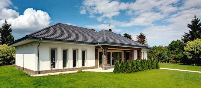 Nowoczesny dom: front