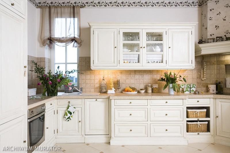 Galeria zdjęć  Stylowe kuchnie angielskie Zobacz 8 zdjęć aranżacji kuchni w