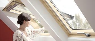 Jakie okno połaciowe wybrać na poddasze?