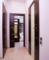 Kontrastowe drzwi wewnętrzne