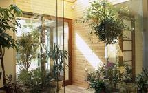 Nowoczesne szyby we wnętrzach. Z czego budować szklane schody, szklane blaty, ściany działowe