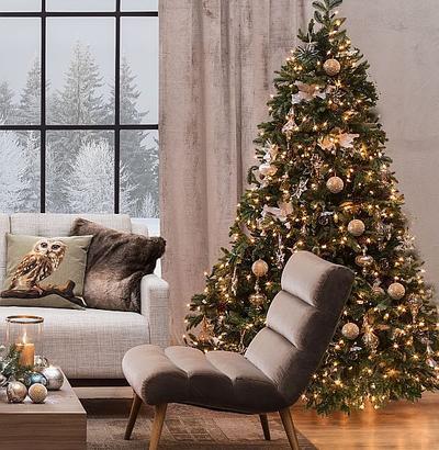 Choinka świąteczna w najpiękniejszych aranżacjach