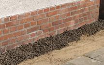 Izolacja piwnic. Jak zrobić drenaż opaskowy i ocieplić ściany piwnic