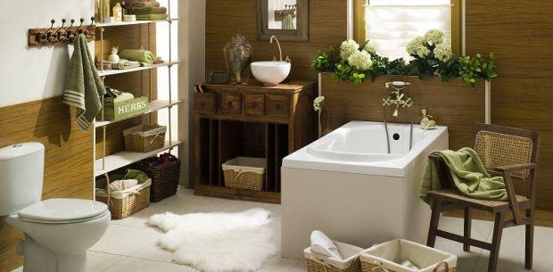 Przytulna łazienka z wanną