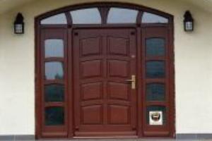Malowanie drzwi wejsciowych
